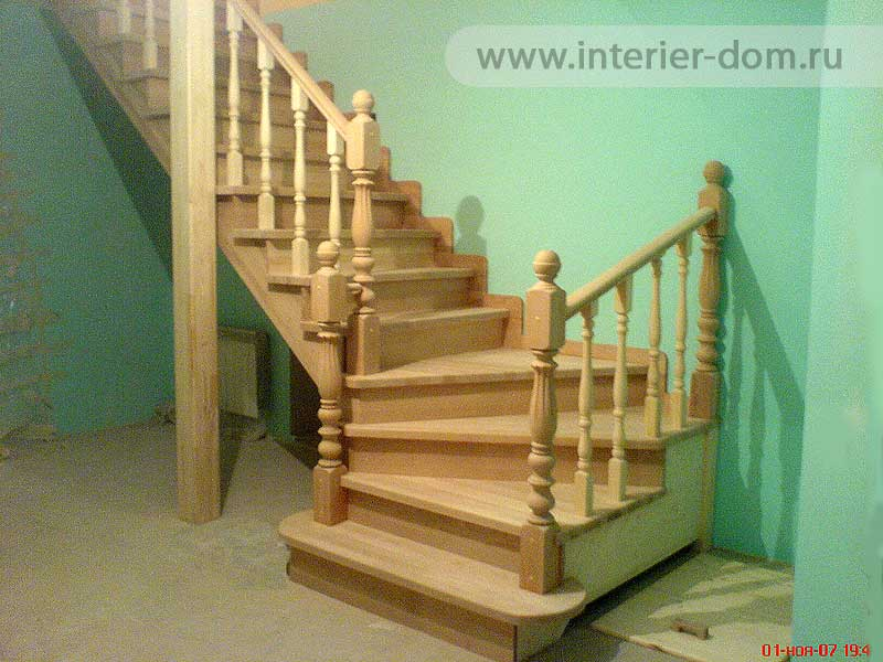 Деревянная лестница межэтажная своими руками